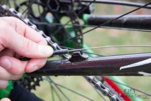 soltar cables cambio bicicleta