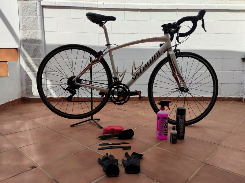 necesario-para-limpiar-la-bici